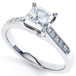 The Princess Cut with Diamond Shoulders