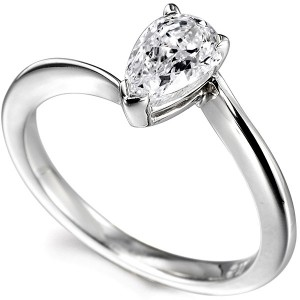 Twist Design to Suit a Pear Shaped Diamond