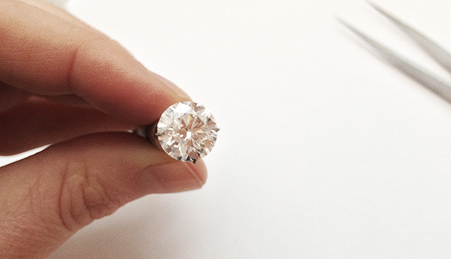3 carat round brilliant cut diamond