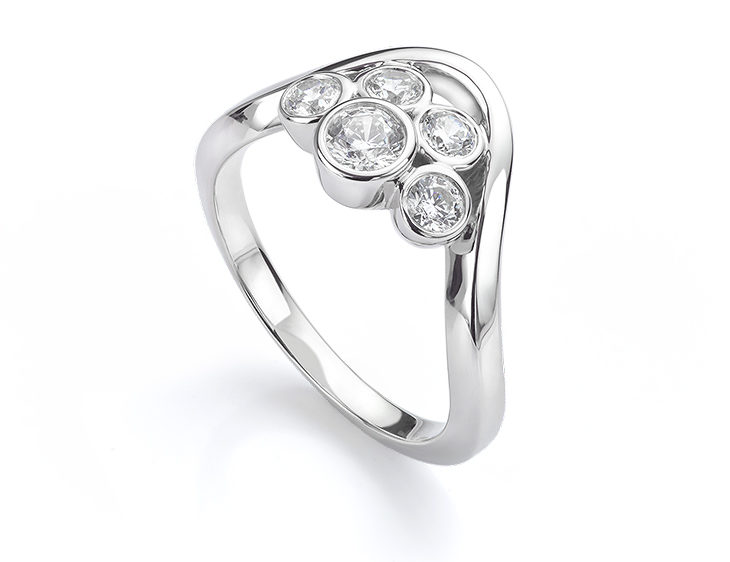 SI1 clarity engagement ring