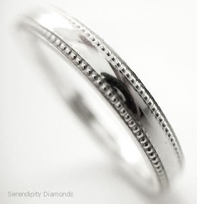 Vintage wedding ring with milgrain edge
