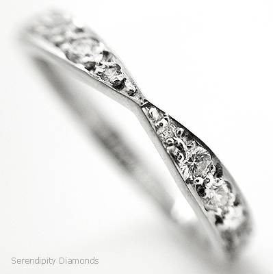 Vintage bowtie shaped wedding ring