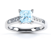 Aquamarine-engagement-ring-with-diamond-shoulders