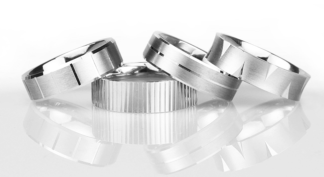 Wedding-rings-with-patterns