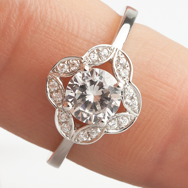 Vintage engagement ring designs