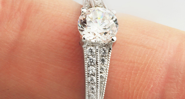 engagement-ring-with-milgrain-diamond-shoulders-overlapping