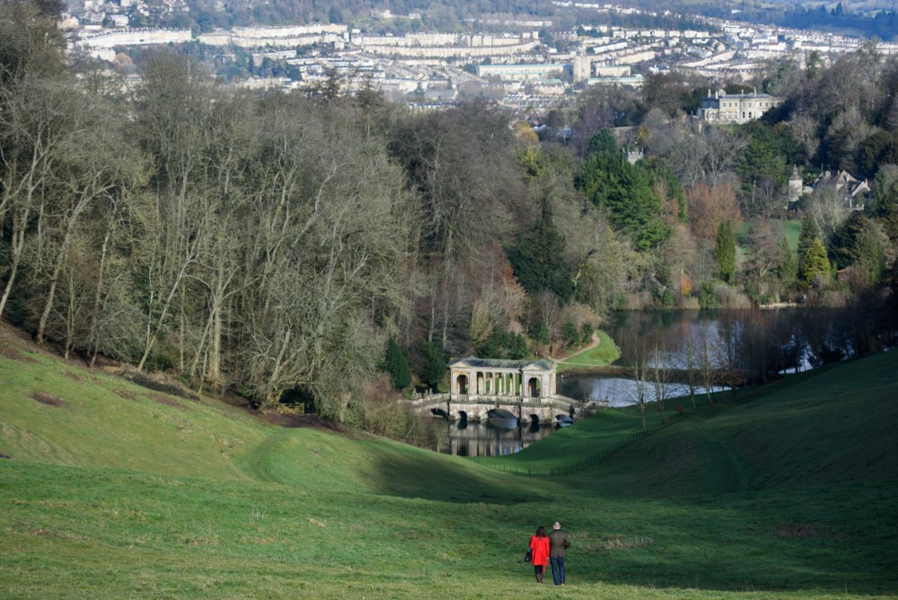 Descending towards the Palladian Bridge