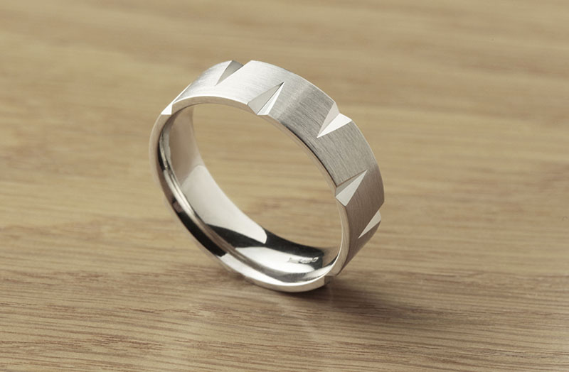 Patterned flat court wedding ring