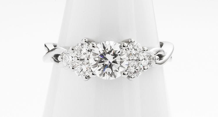 Plaited Shoulder Engagement Ring