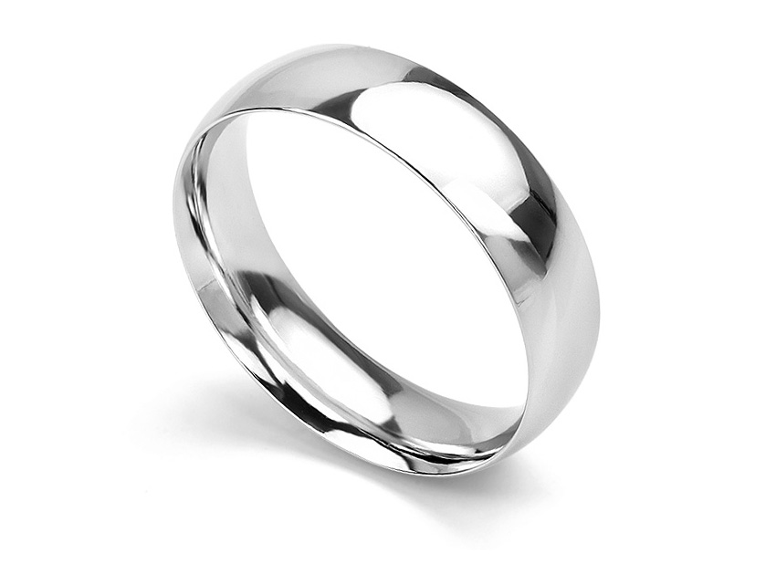 Traditional court wedding ring