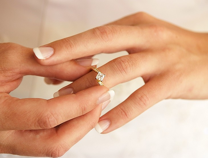 7 ways to maximise value of an engagement ring