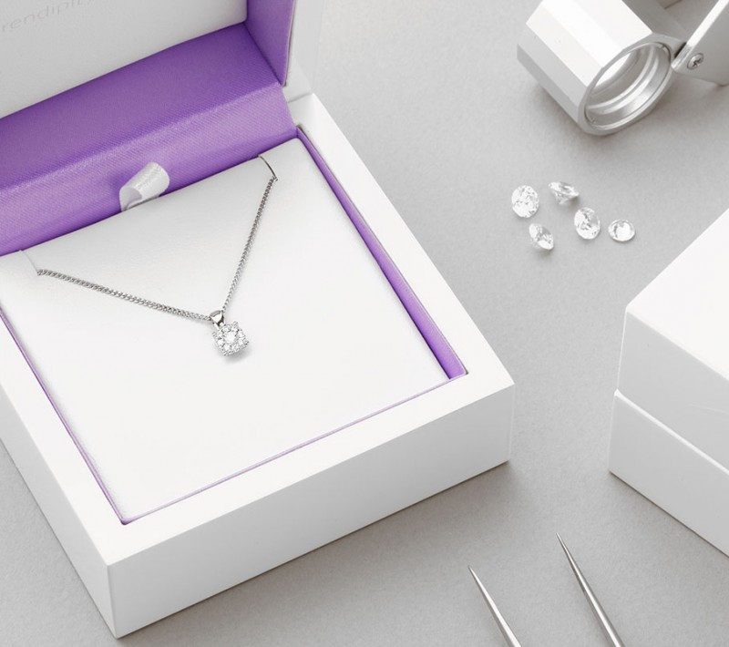 Diamond pendant packaging - design - starla diamond necklace