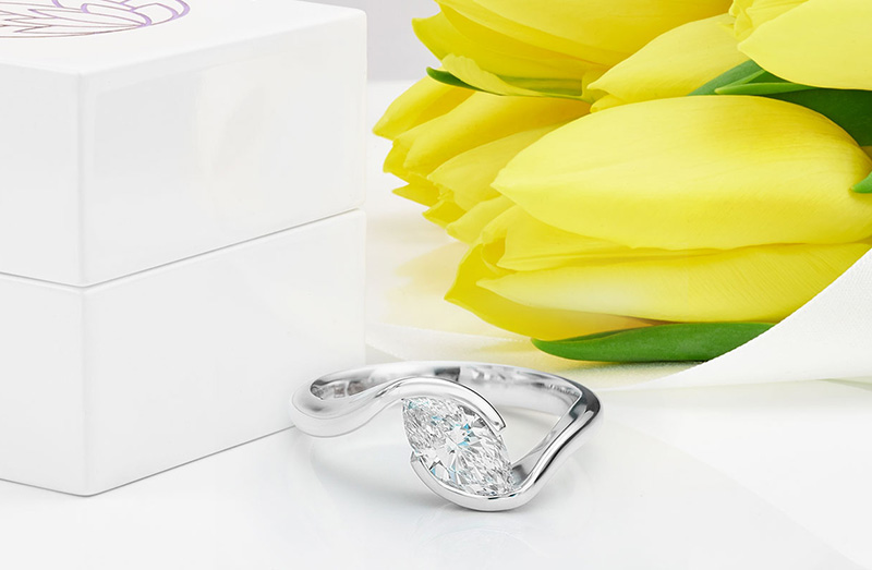 Photograph of the completed diagonal engagement ring setting
