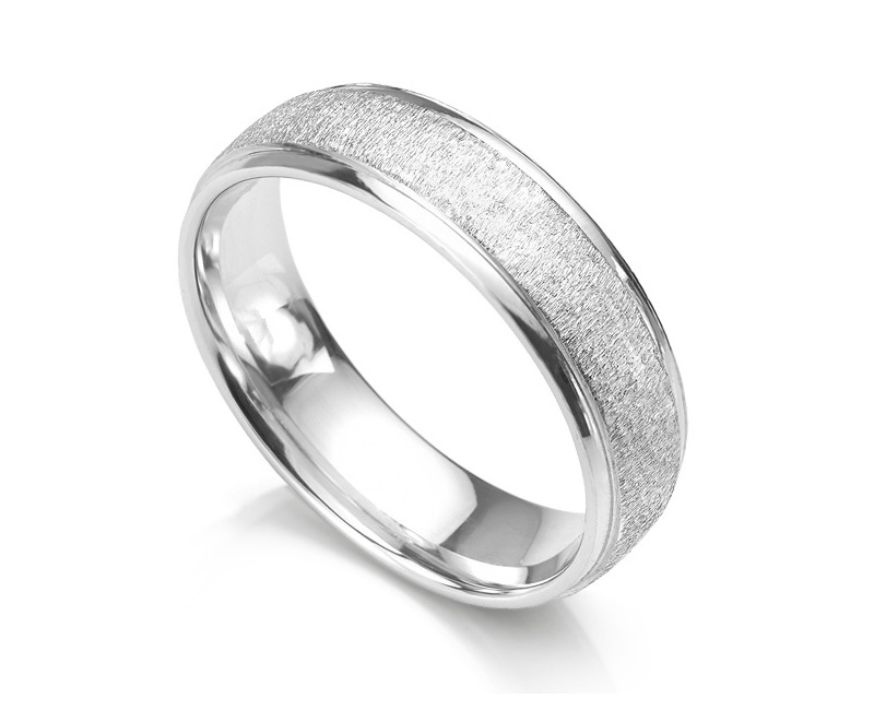 Frost patterned wedding ring