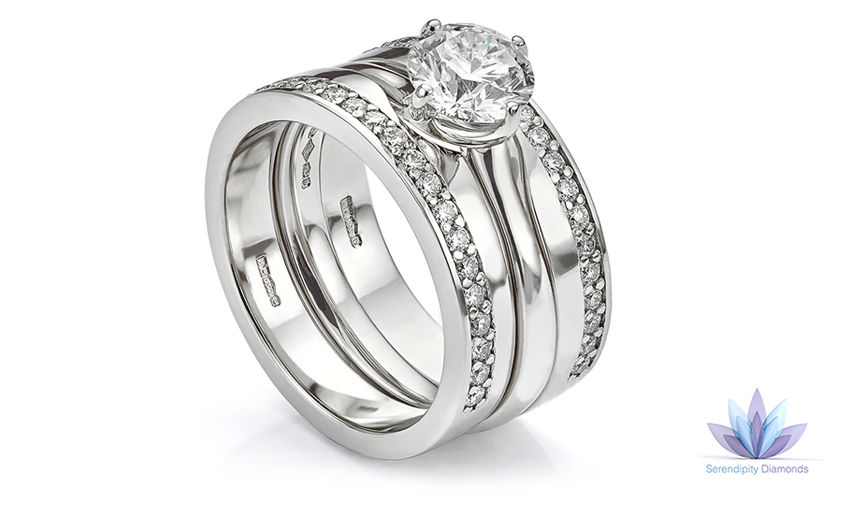 Double shaped diamond wedding rings