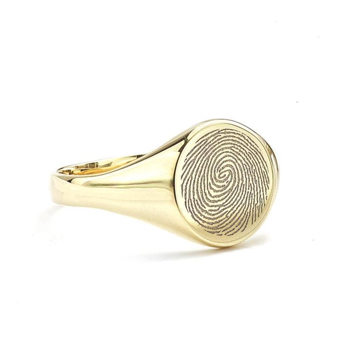 Fingerprint Signet-Rings shown here in Yellow Gold