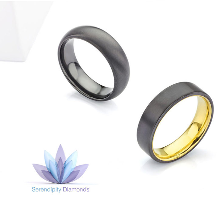 Black wedding rings in Zirconium