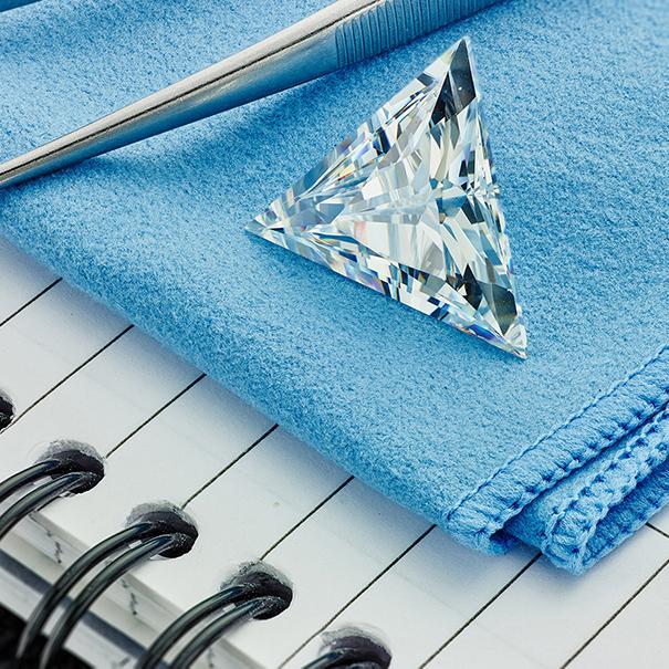 Trilliant cut Trillion cut diamond