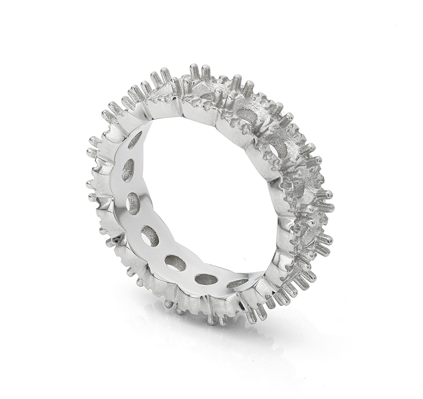 Full eternity ring mount - casting before it is set with diamonds