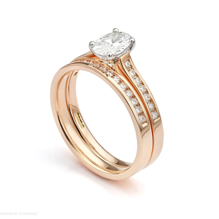 Matching diamond wedding ring to oval engagement ring in Rose Gold