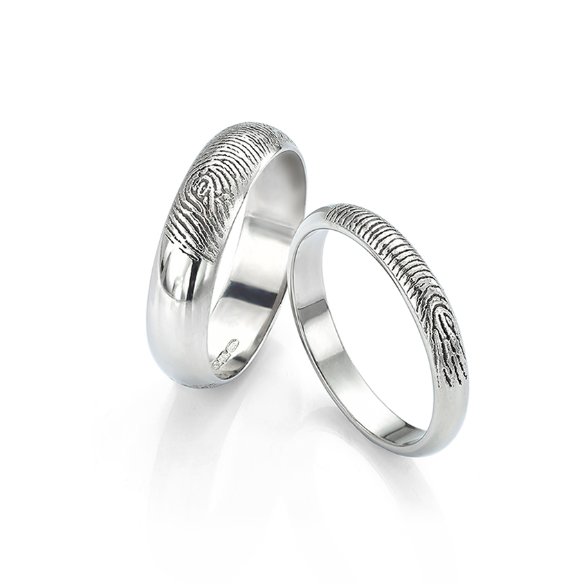 Sentimental and important - fingerprint engraved wedding ring set