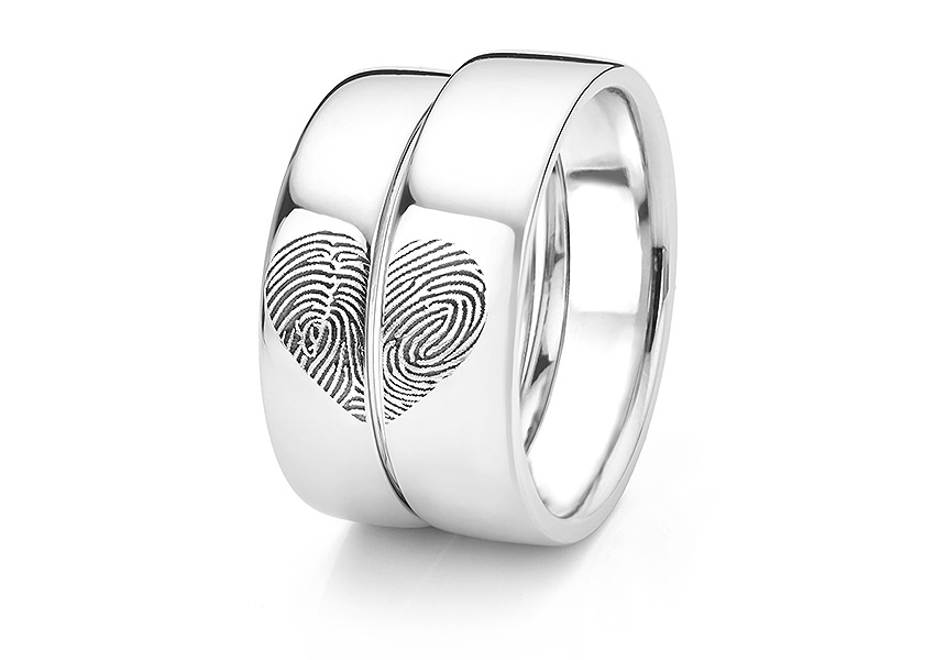Heart fingerprint rings set for bride and groom