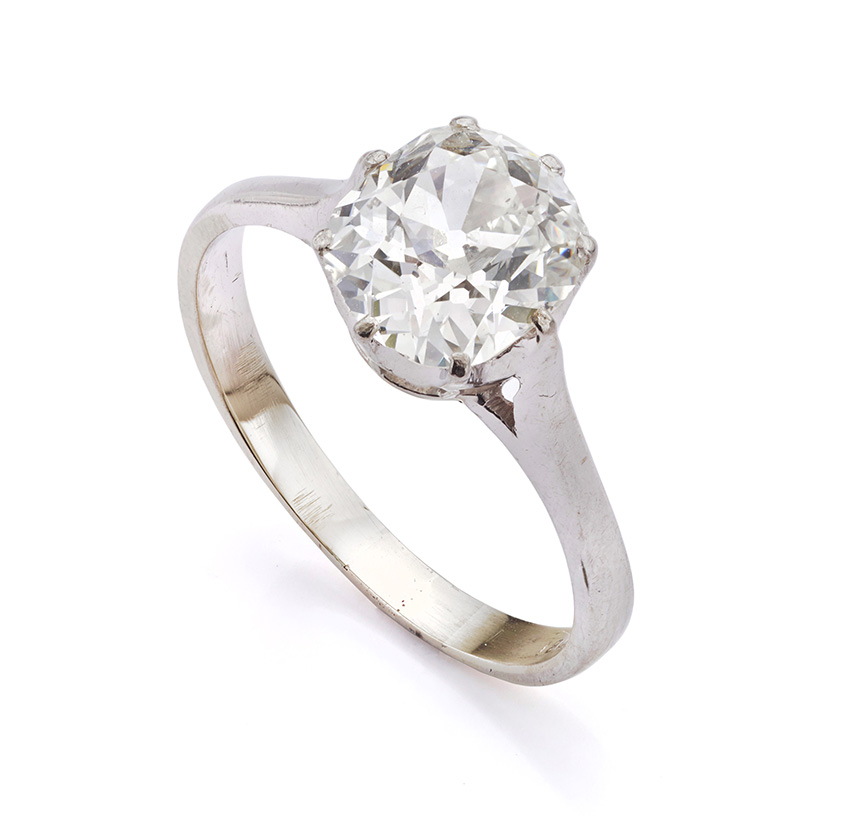 Old cut diamond engagement ring perfect for remounting