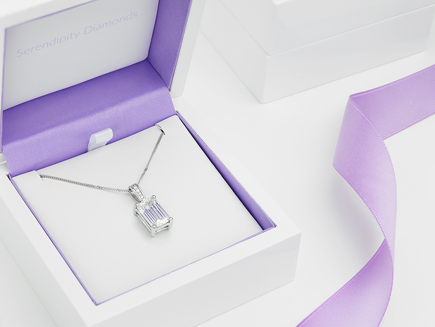 Serendipity Diamonds Packaging