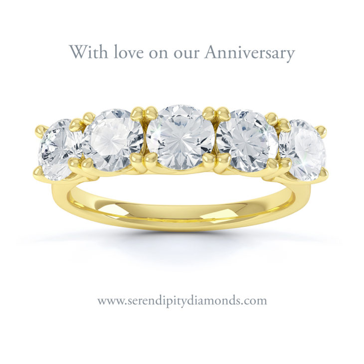 Anniversary ring with 5 diamonds in Yellow Gold perfect for celebrating a 5 year anniversary