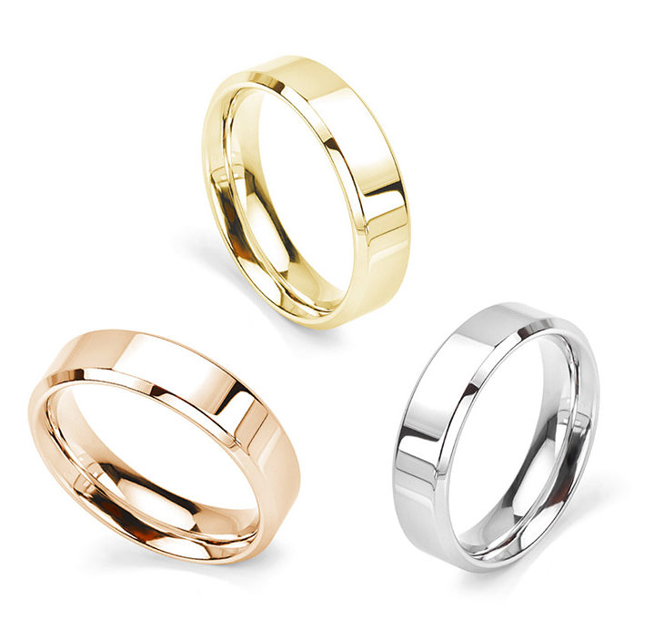 Classic bevelled wedding rings