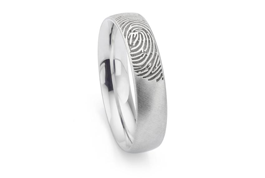 Satin fingerprint wedding ring