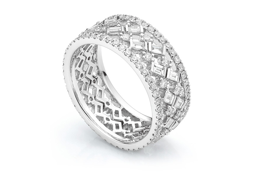 Cleopatra diamond stacking rings