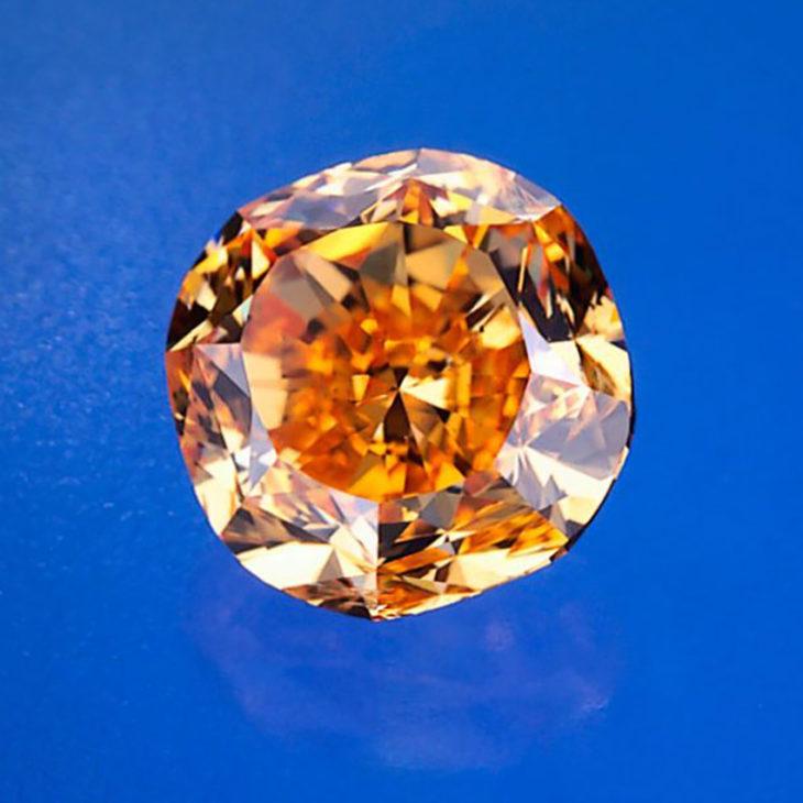Pumpkin diamond