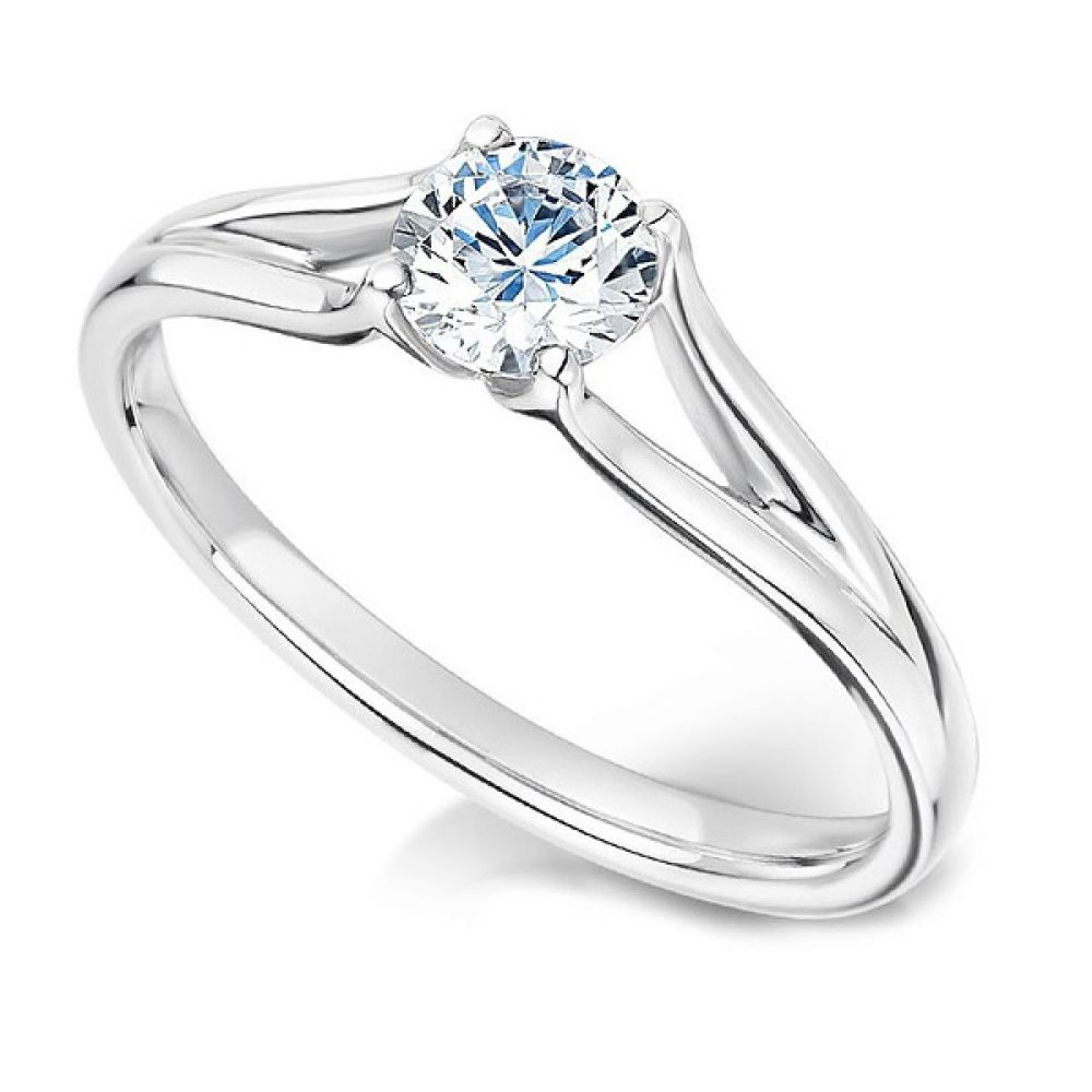 Round Diamond Engagement Ring with Plain Double Shoulders