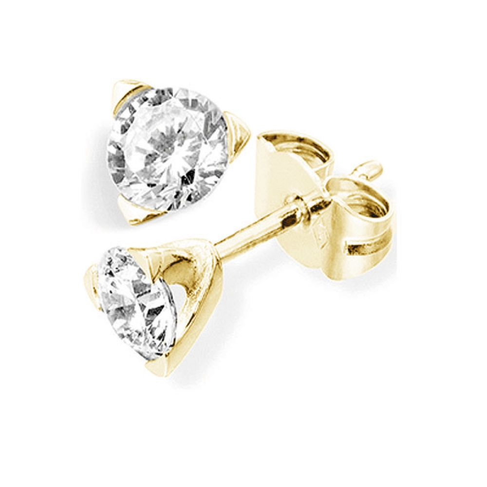 3 Claw Round Diamond Stud Earrings In Yellow Gold