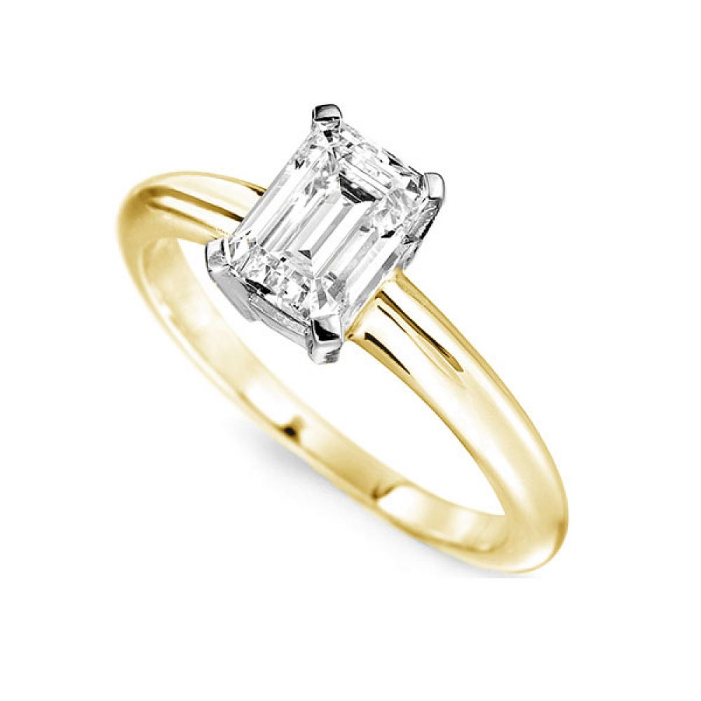 Ultramodern 4 Claw Emerald Diamond Solitaire Ring In Yellow Gold