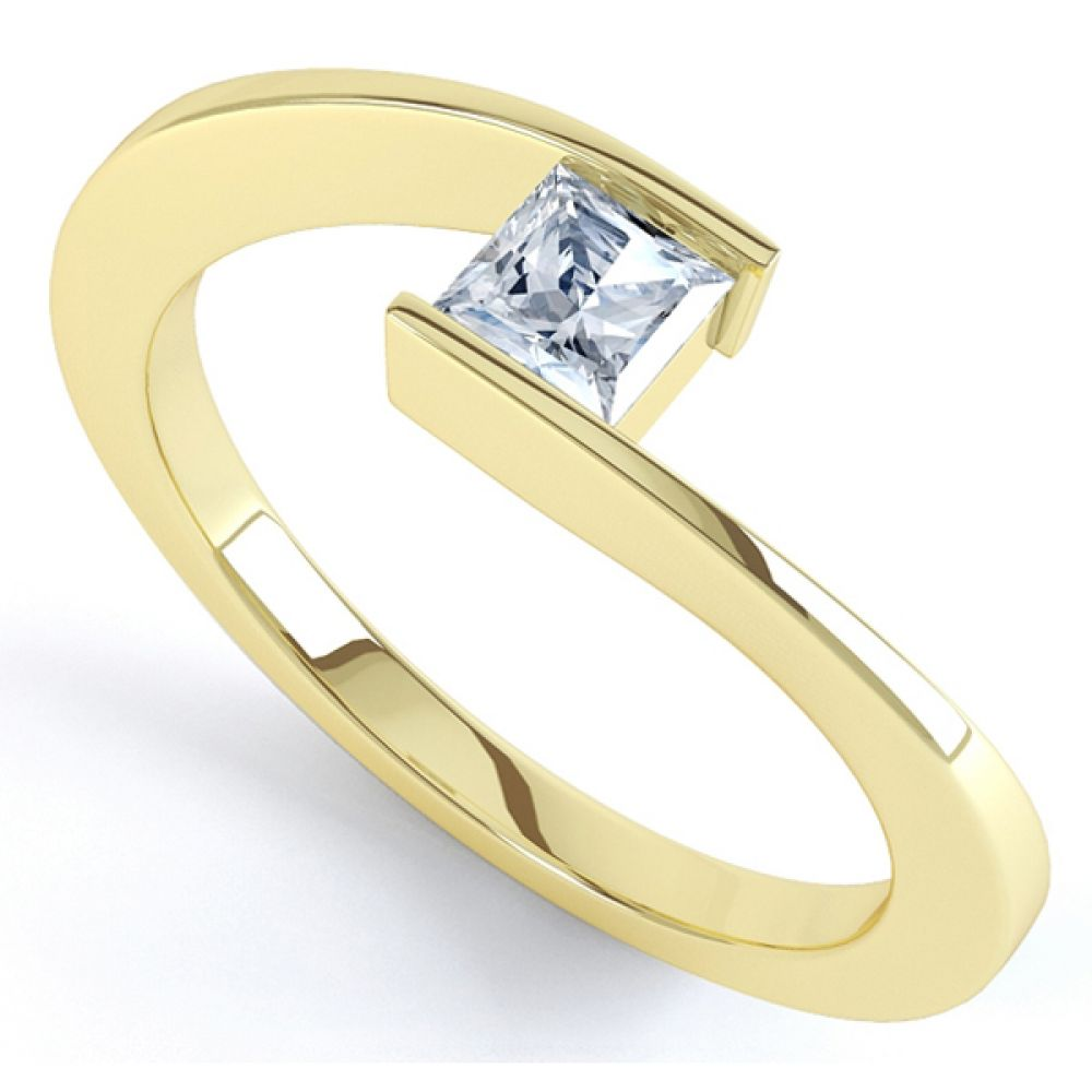 Crossover Princess Diamond Solitaire Ring In Yellow Gold