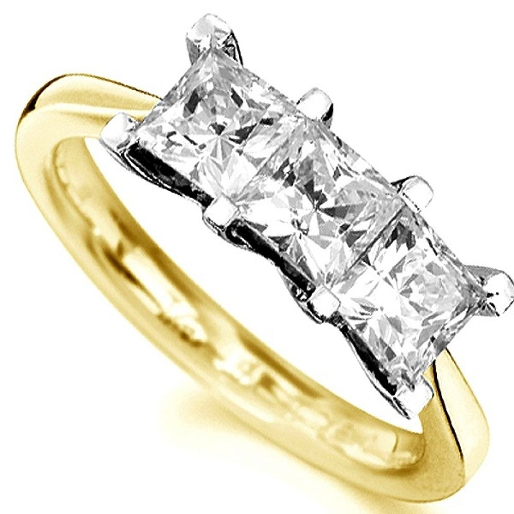 Straight 3 Stone Princess Cut Diamond Ring In Yellow Gold