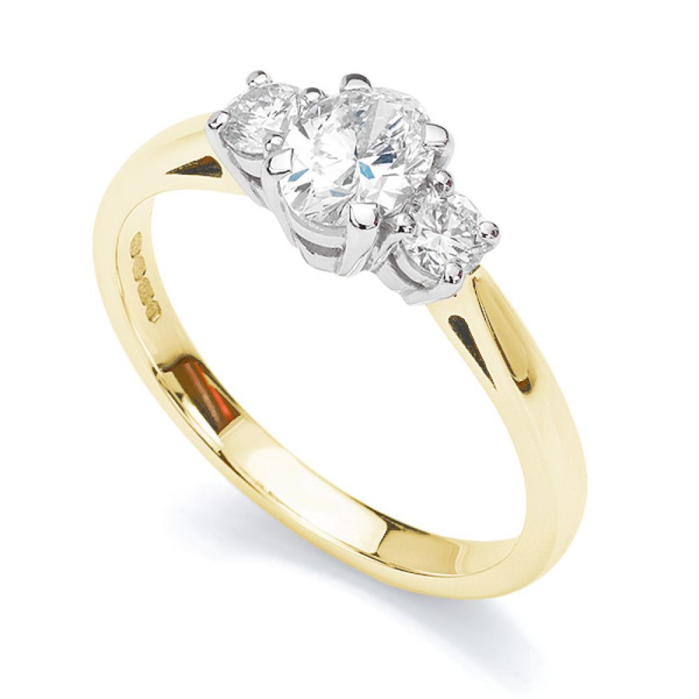 Oval & Round Diamond 3 Stone Ring In Yellow Gold