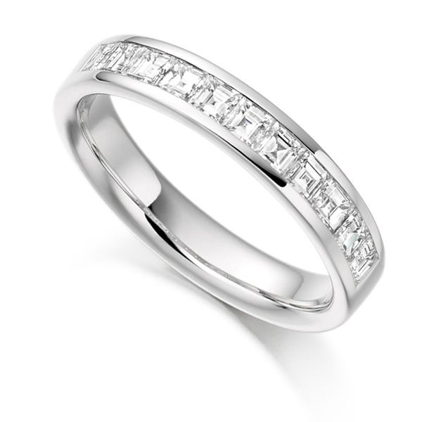 0.75cts Carré Cut Diamond Half Eternity Ring Main Image