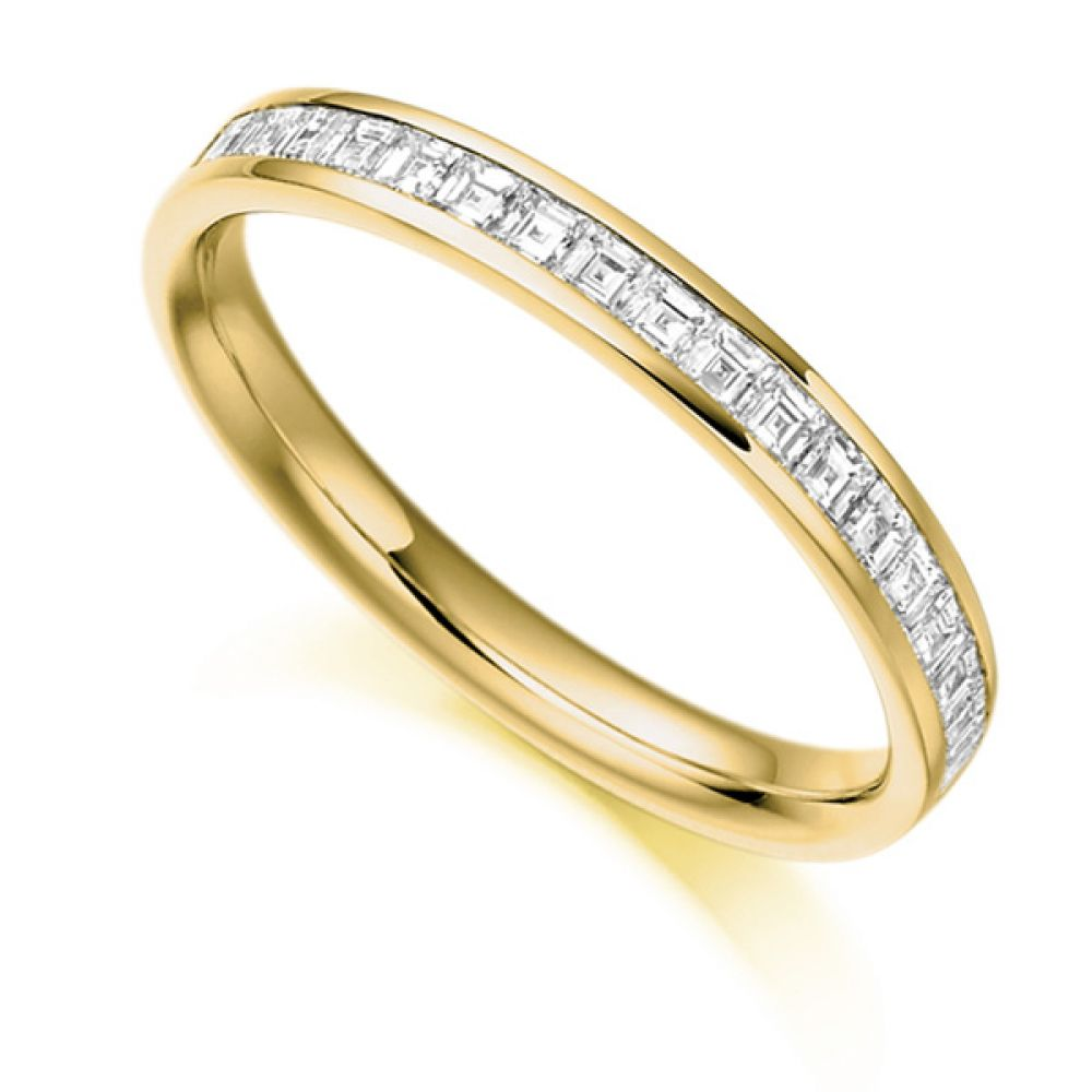 0.50cts Carré Cut Diamond Half Eternity Ring In Yellow Gold