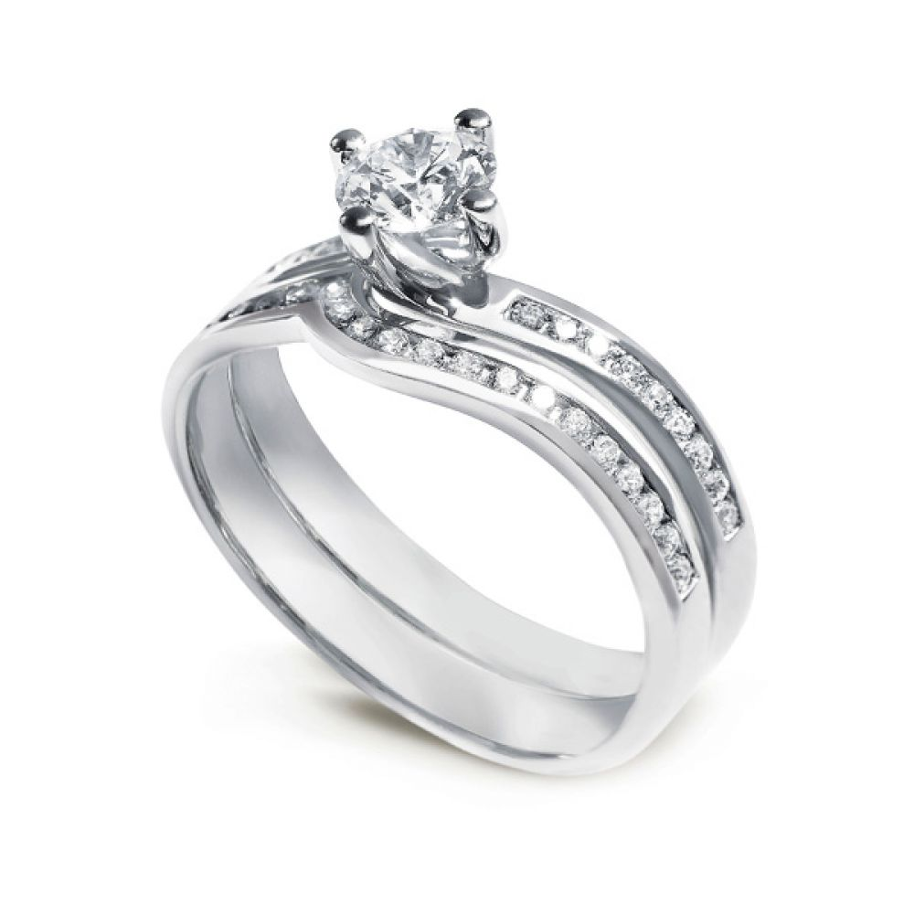 Twist Diamond Engagement Ring with Diamond Shoulders