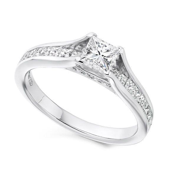 Passerelle Princess Cut Shoulder Diamond Engagement Ring Main Image