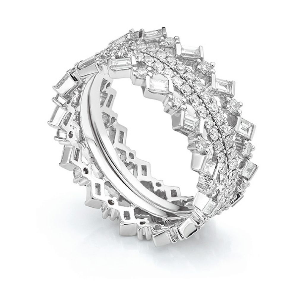 Cleopatra Fusion Diamond Ring Set worn outward