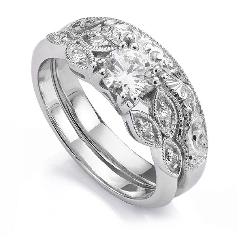 Hand-engraved Vintage shaped wedding ring