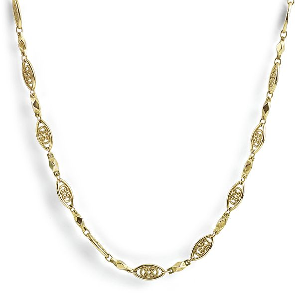 Cherished 24 Carat Gold Ornate Chain Main Image