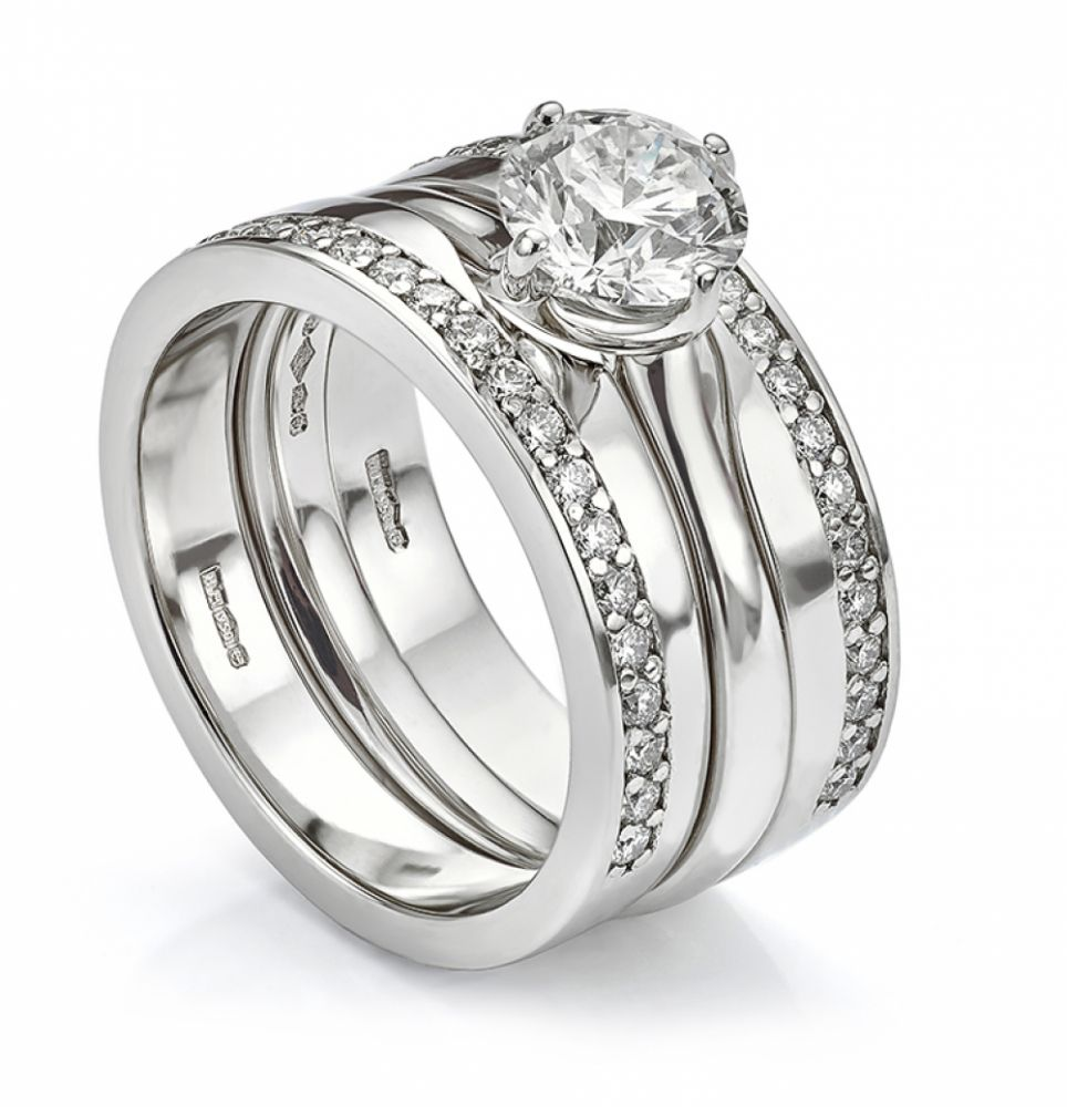 Double diamond wedding ring set