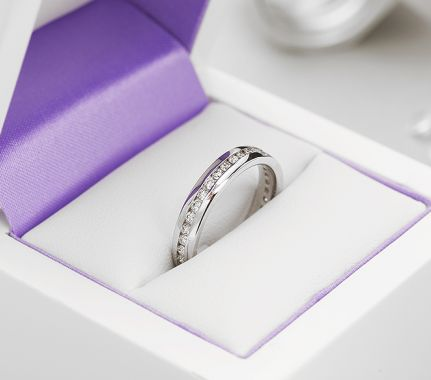 Wedding bands with diamonds all the way around