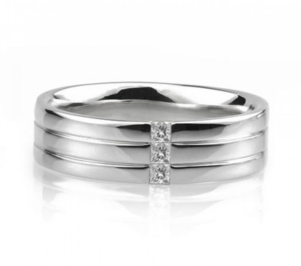Mens diamond ring with Princess cut diamonds