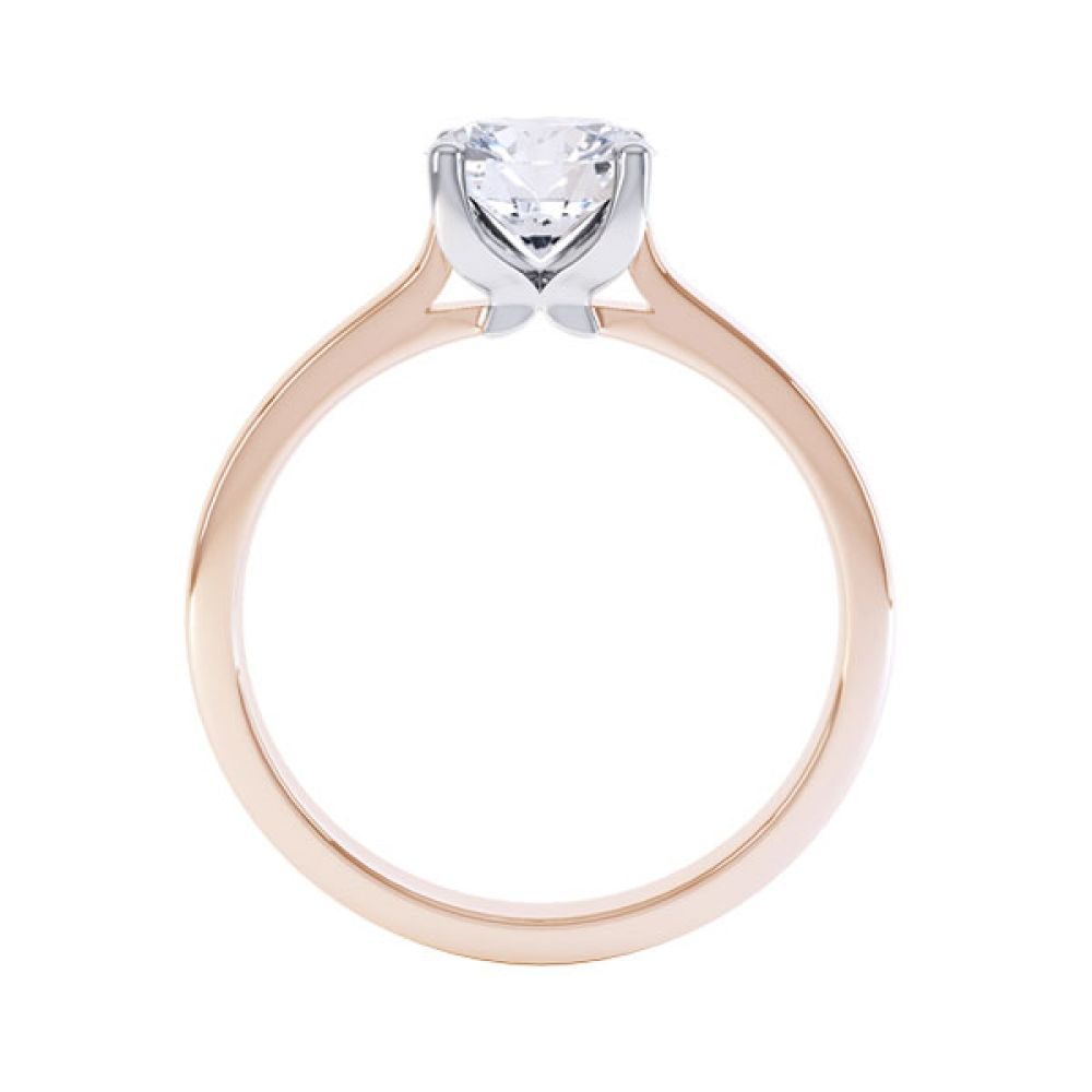 Simple four-claw solitaire in Rose Gold
